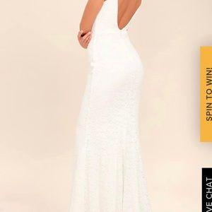 Lulu's Dresses - Lulus white beautiful maxi dress NWT